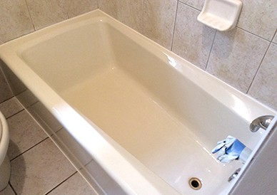How to Change the Color of Your Bathtub