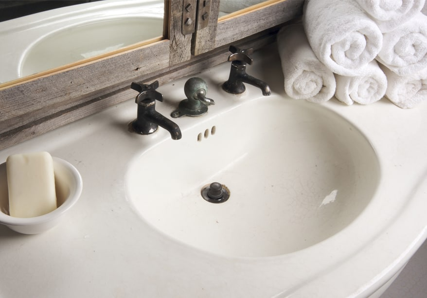 Salvage Bathroom Fixtures